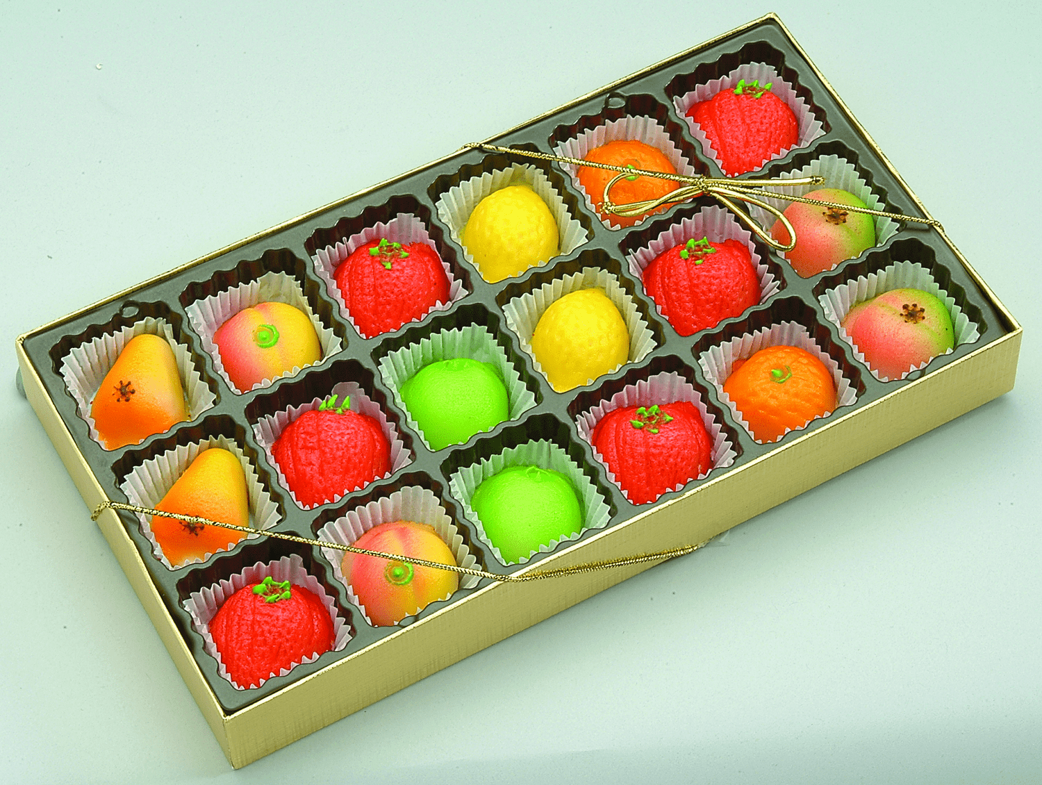 M-1 ASSORTED FRUIT 18 PIECES 8 OZ