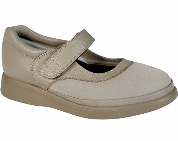 Comfortrite Julia - Women's Stretchable Shoe