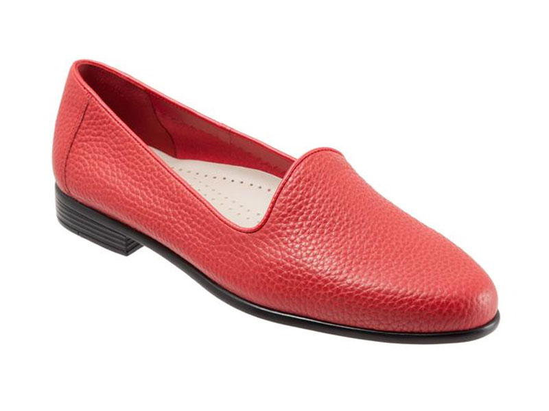 Trotters Womens Liz Loafer,Red,7 N
