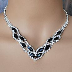 BLACK BEAUTY RHINESTONE JEWELRY SET