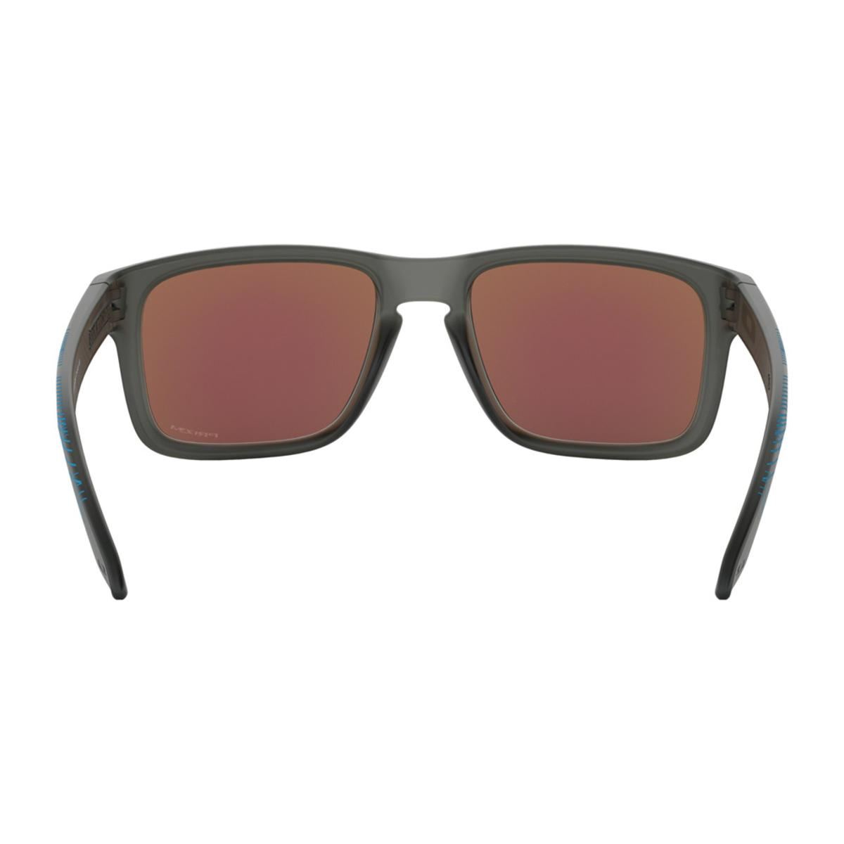 24f7df215e Oakley Holbrook Aero Grid Collection Matte Gray Smoke Sunglasses w Prizm  Sapphire - The Warming Store