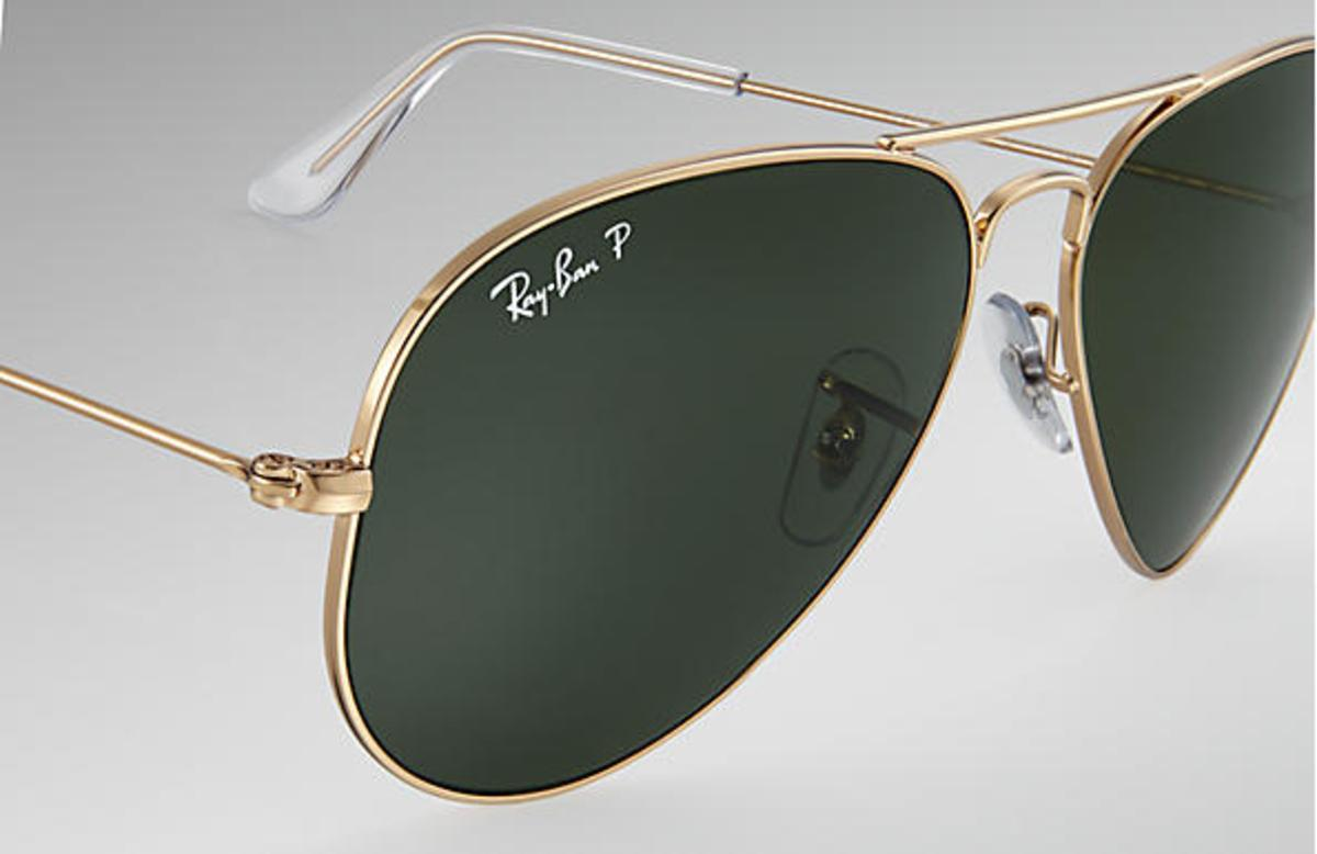 c950f85d06 Ray-Ban Aviator Classic Sunglasses with Gold Frame Polarized Green Classic G -15 Lens - The Warming Store