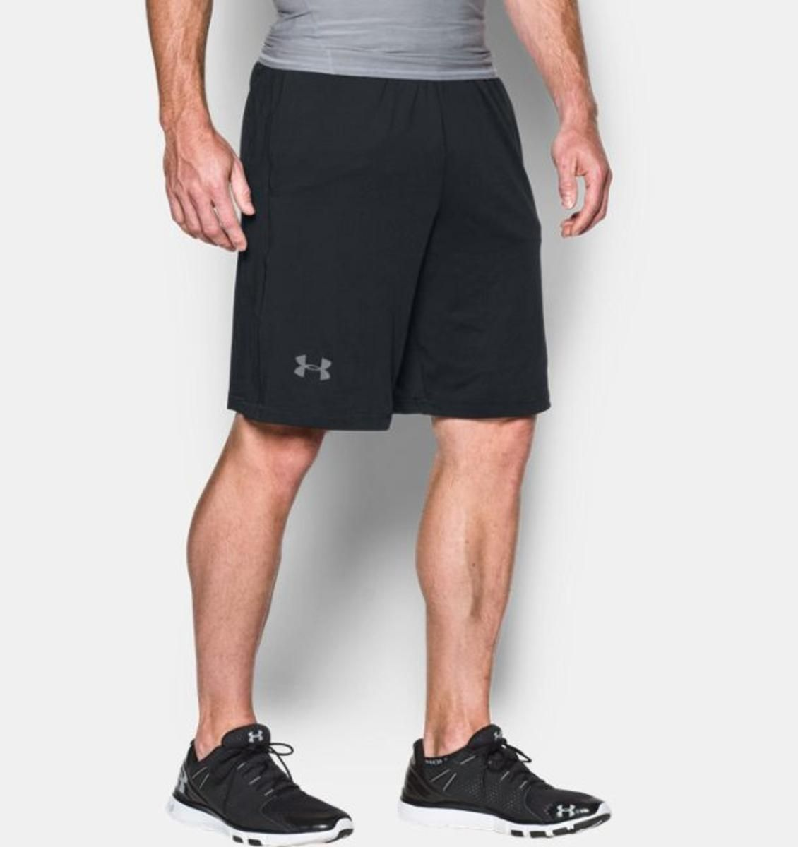 BLACK Mens Under Armour Guide Shorts 30