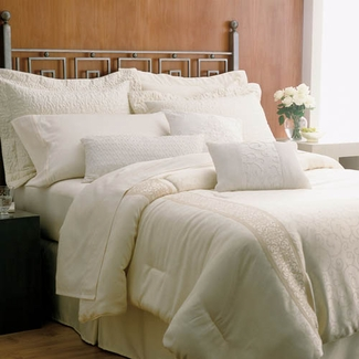 Martex ® Brentwood Gold King Pillow- Featured in Many Embassy Suites (4 King Pillows)