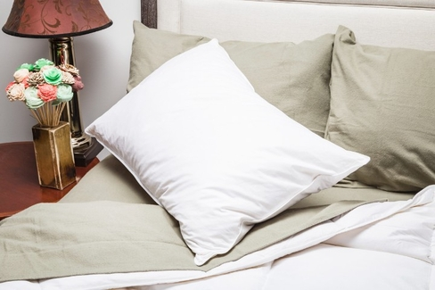 Down Alternative Eco Pillow- Featured at Many Fairfield Inn and Suited ® - QUEEN SIZE
