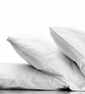 Down Dreams ® 2 Classic Firm and 2 Classic Soft Pillow Combo Pack (Jumbo)- Found at Many Hampton Inn ® Hotels
