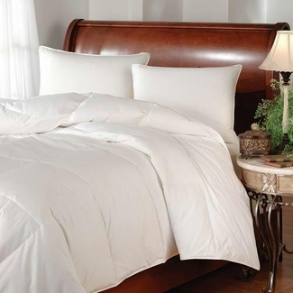 White Goose Down Comforter Similar to Westin- Queen Size