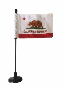 Magnetic State Car Flag