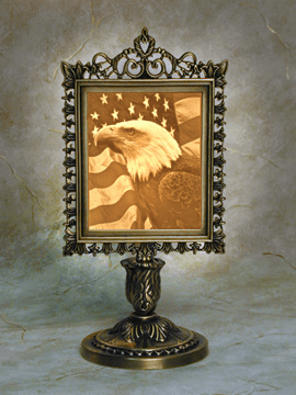 Liberty Victorian Stand Memory Lamp ™