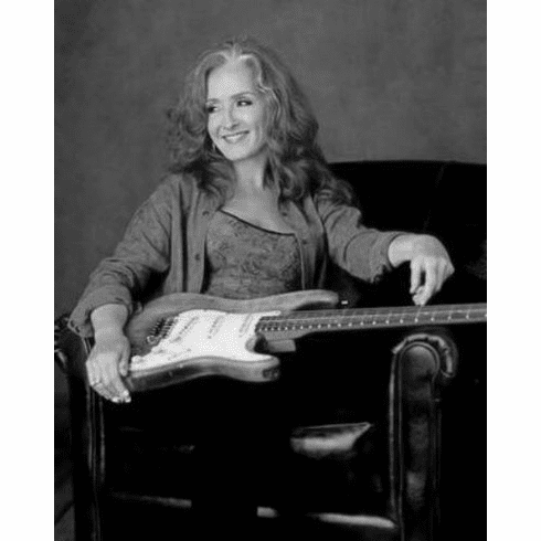 "Bonnie Raitt Black and White Poster 24""x36"""
