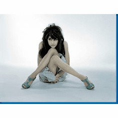 Brittany Murphy Legs Poster 24inx36in