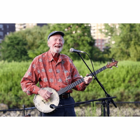 Pete Seeger 8x10 Photo