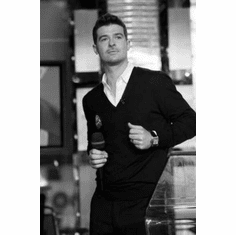 """Robin Thicke Black and White Poster 24""""x36"""""""