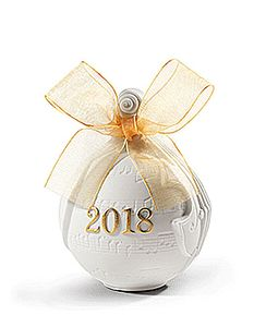 2018 Christmas Ball Golden Lustre