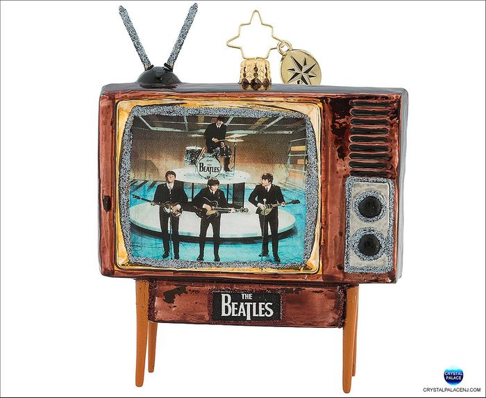 (SOLD OUT) There Are Beatles In The Living Room!