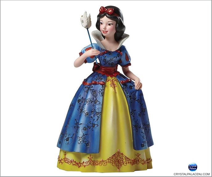 (SOLD OUT) Disney Masquerade Snow White Couture de Force Figurine by Enesco