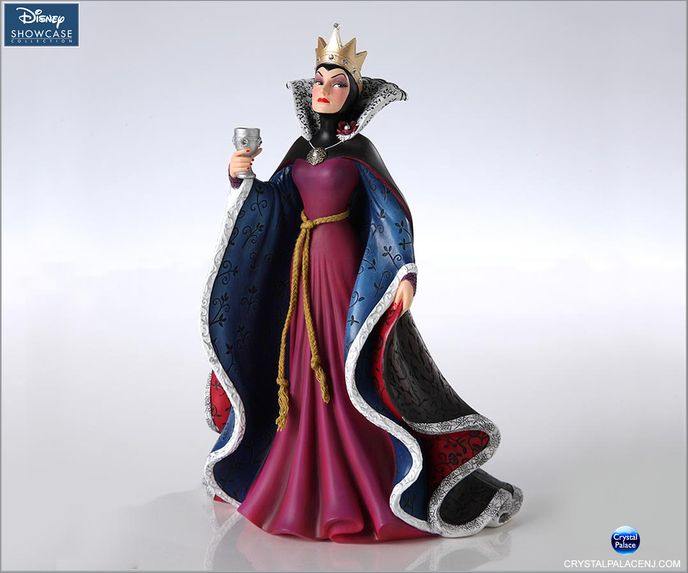 (SOLD OUT) Evil Queen Figurine Couture de Force by Enesco