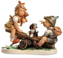 (SOLD OUT) M.I. Hummel Teeter-Totter Time Figurine