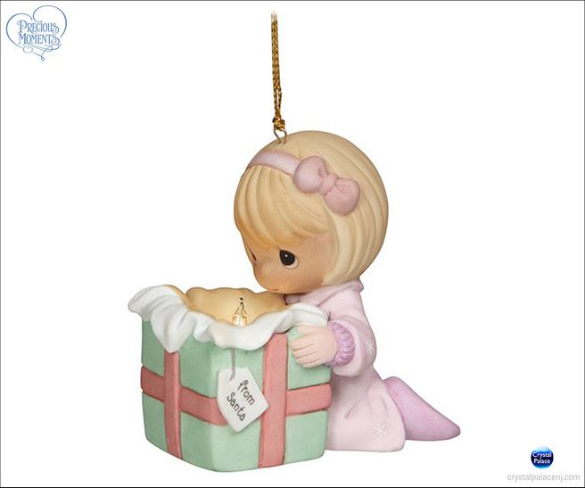 (SOLD OUT)  The Wonder Of Christmas Girl ornament