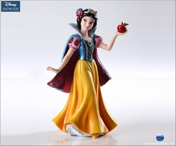 (SOLD OUT) Snow White Figurine Couture de Force by Enesco