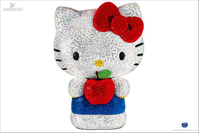(Sold Out) Swarovski Hello Kitty limited edition 2013