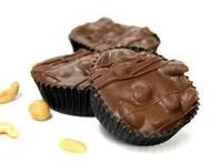 Milk Chocolate Peanut Clusters (1 lb. box)