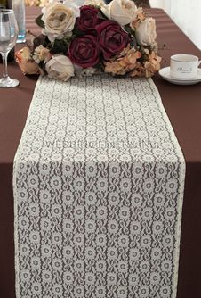 """12""""x108"""" Water Lily Raschel Lace Table Runners - Ivory 91402 (1pc/pk)"""
