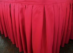 "21'x29"" Accordion Pleat Polyester Table Skirts - Fuchsia 72309 (1pc/pk)"