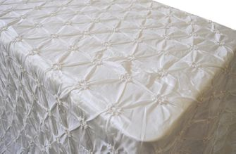 "90""x132"" Rectangle Pinchwheel Taffeta Tablecloth - Ivory 66702(1pc/pk)"
