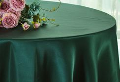 "120"" Round Satin Tablecloth - Hunter Green / Holly Green 55819(1pc/pk)"