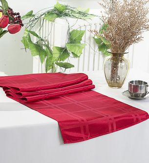 Plaid Checkered Jacquard Polyester Table Runners (6 Colors)