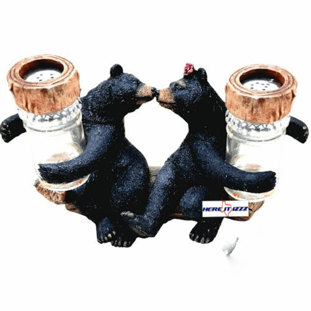 Black Bears Kissing Salt & Pepper Set