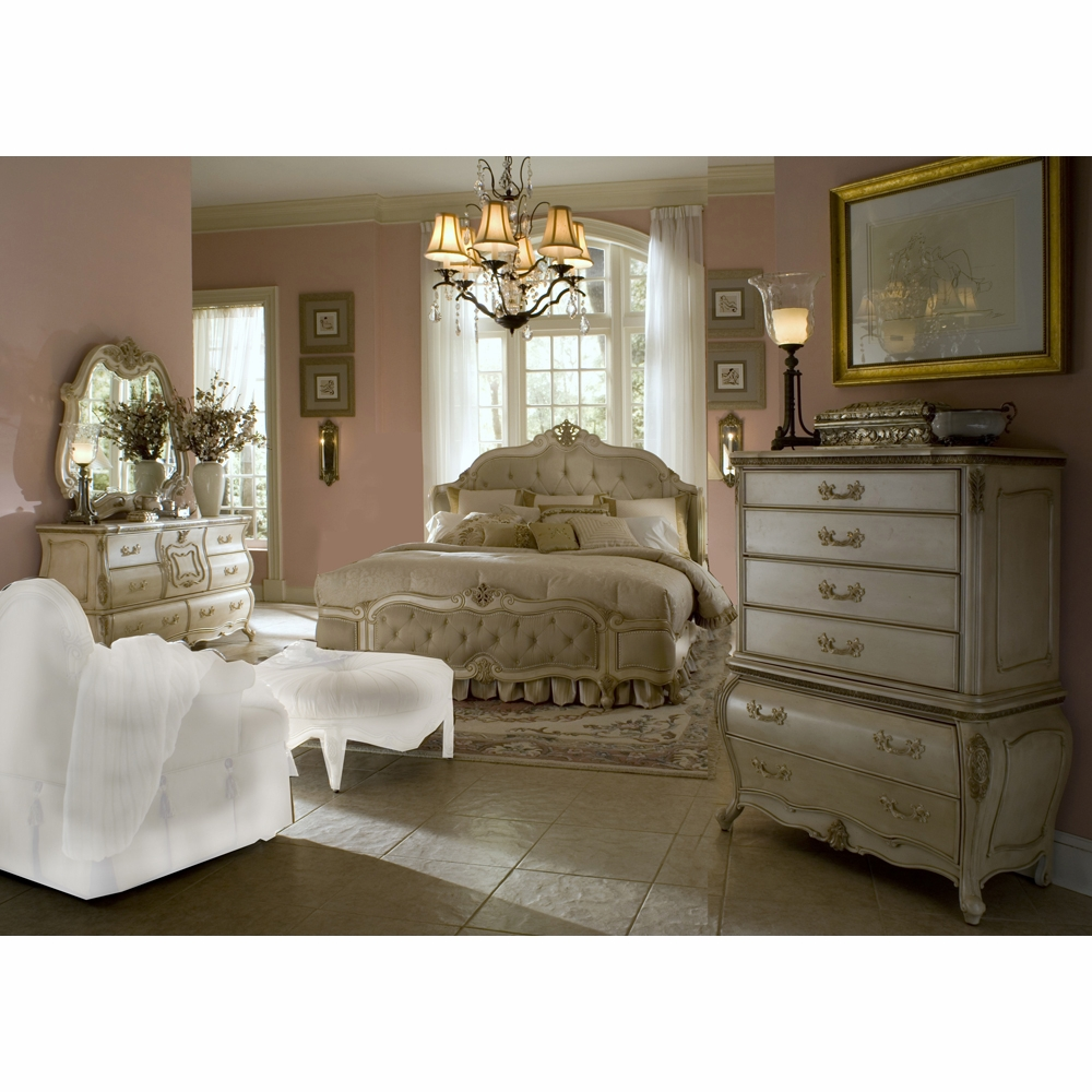 AICO by Michael Amini - Lavelle Queen Wing Mansion Bedroom Set w/ Chest (7  pc) in Blanc