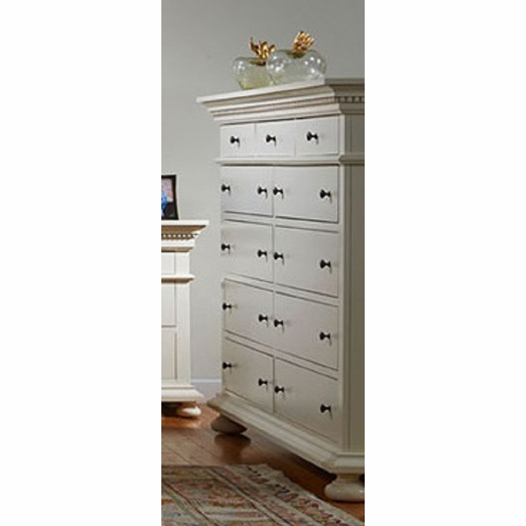 Bebe Furniture - Soraya 11 Drawer Master Dresser - 8100