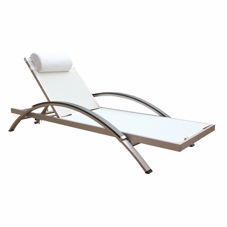 Boraam - Fresca Outdoor Lounge Chair in White  Set of 2 - 76686
