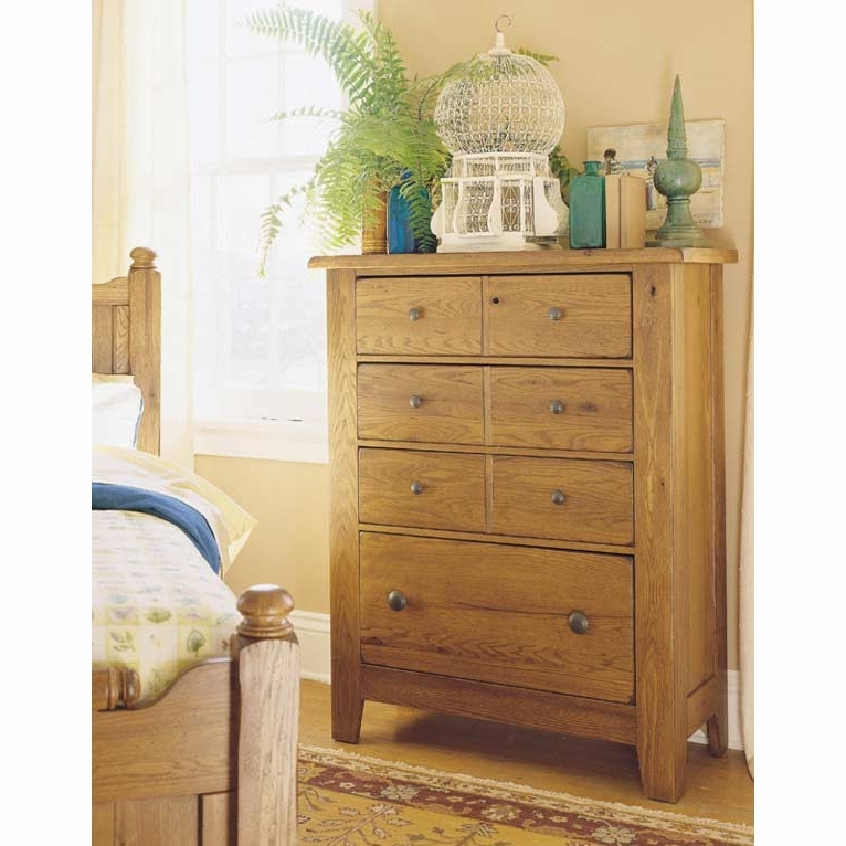 Broyhill Attic Heirlooms 4 Drawer Chest 4397 40sv