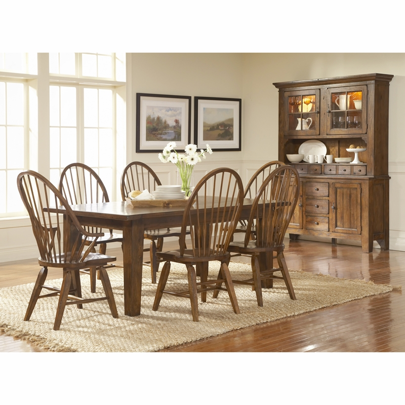broyhill dining room sets broyhill attic heirlooms rustic oak finish dining room set k 3261