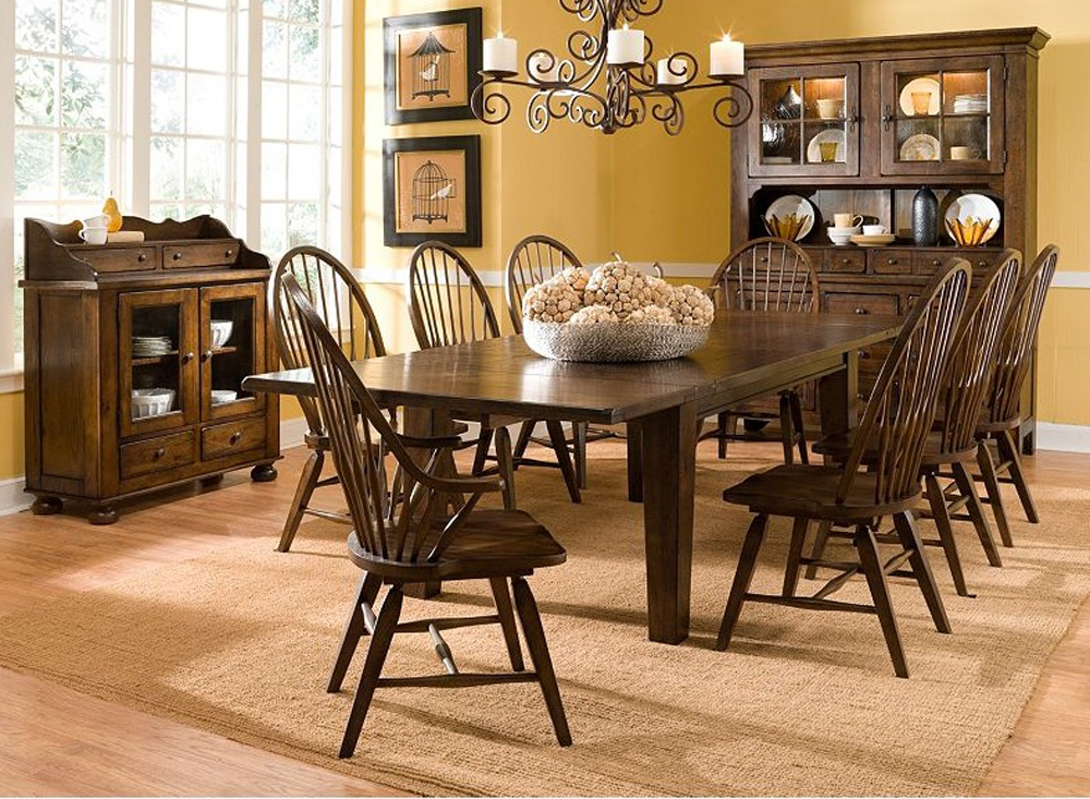 Broyhill Attic Heirlooms Windsor Side Chair In Rustic