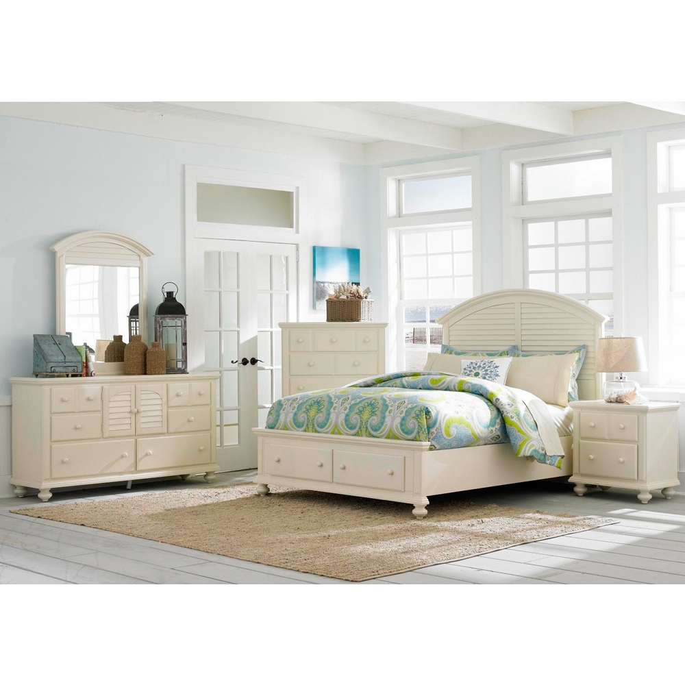 Seabrooke 5 Piece King Storage Panel Bedroom Set