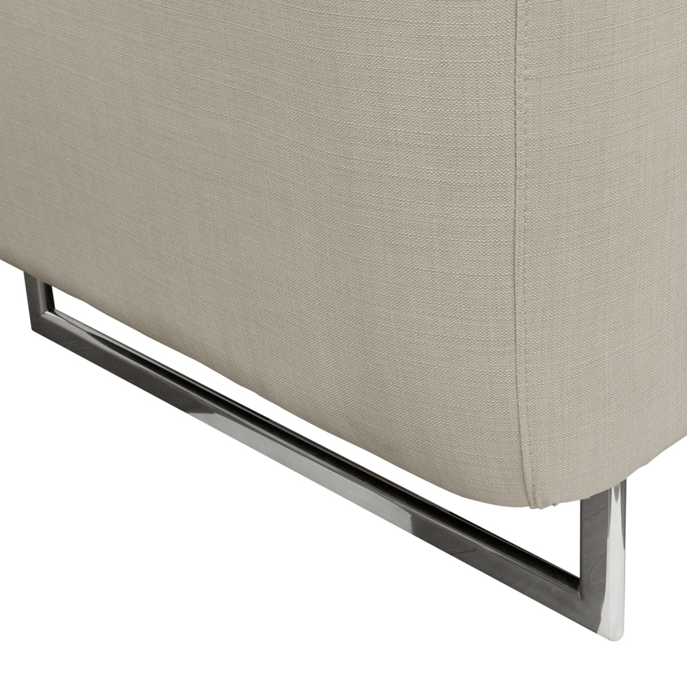 Diamond Sofa Catalina Tufted Chair With Metal Leg In