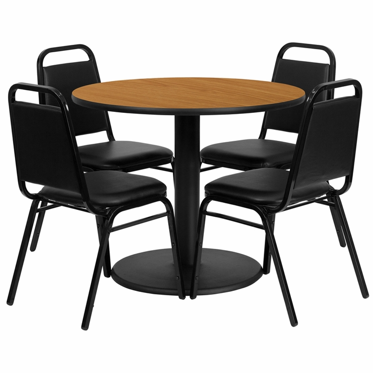 Flash Furniture - 36'' Round Natural Laminate Table Set With 4 Black Trapezoidal Back Banquet Chairs - RSRB1003-GG