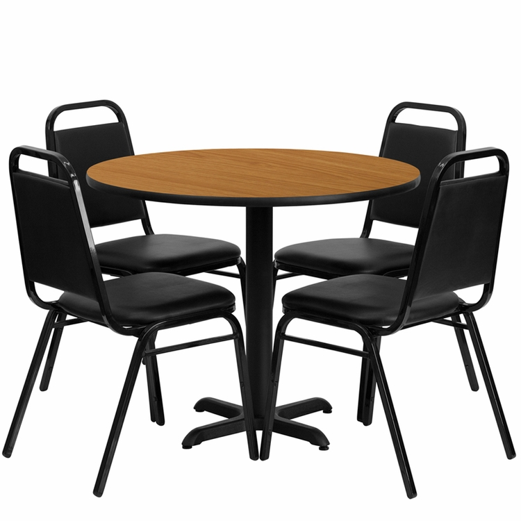 Flash Furniture - 36'' Round Natural Laminate Table Set With Black Trapezoidal Back Banquet Chairs, Seats 4 - REST-001-BK-NAT-FS-TDR