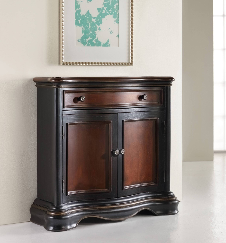 cb78ee810a36c Hooker Furniture - Preston Ridge Hall Chest - 864-50-107. Hover to zoom