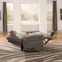 Lay Flat Recliners by Catnapper