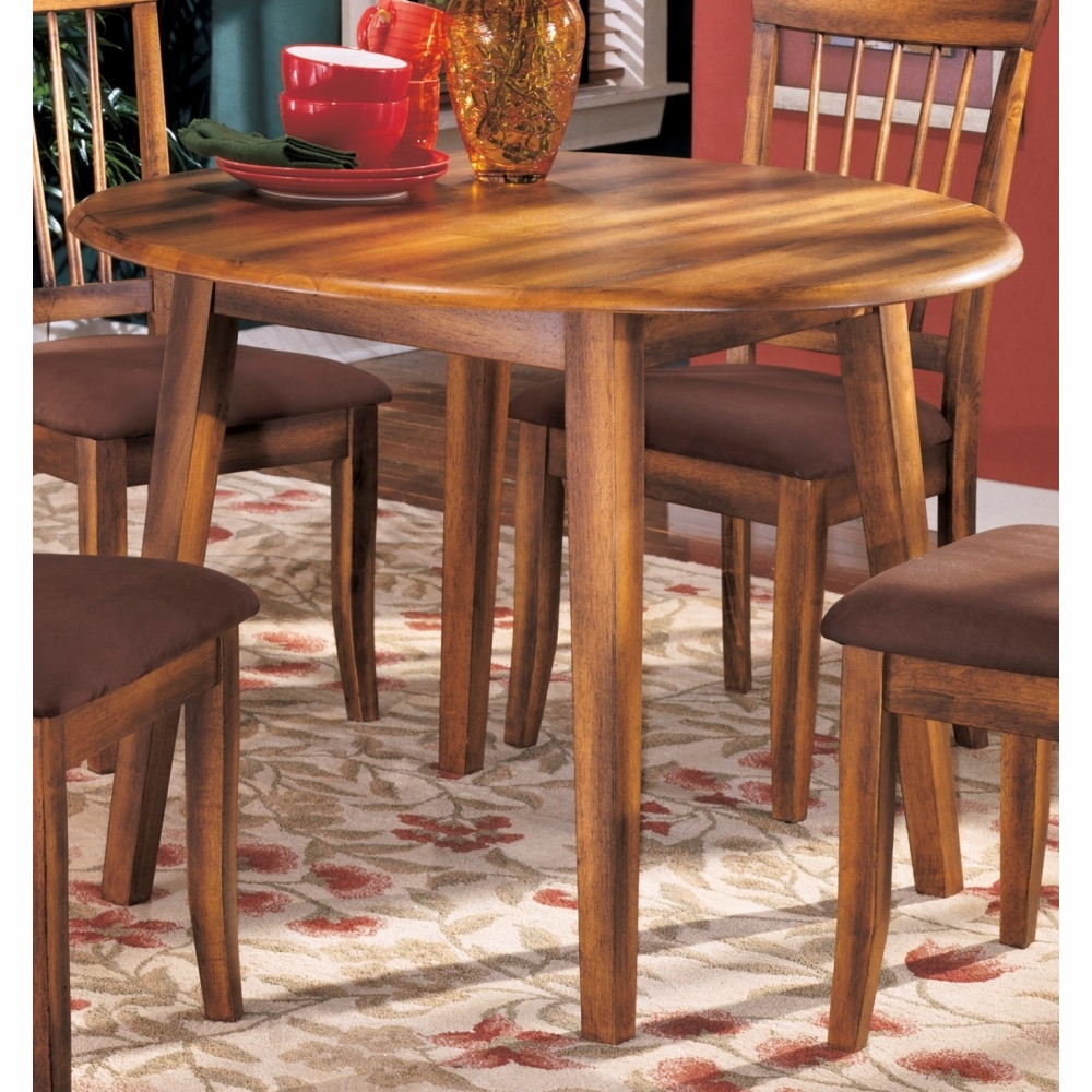 Ashley S Nest Decorating A Dining Room: Berringer Round Dining Room