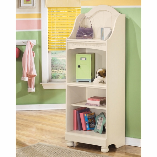 Signature Design by Ashley - Cottage Retreat Large Bookcase - B213-20