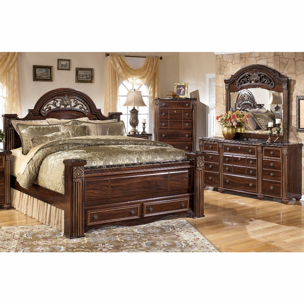 Signature Design By Ashley Gabriela 4 Piece Queen Poster Bedroom Set C