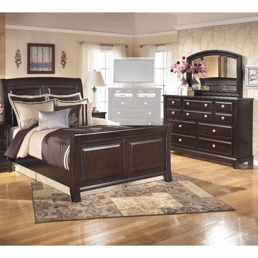 Signature Design By Ashley Ridgley 3 Piece Queen Sleigh Bedroom Set