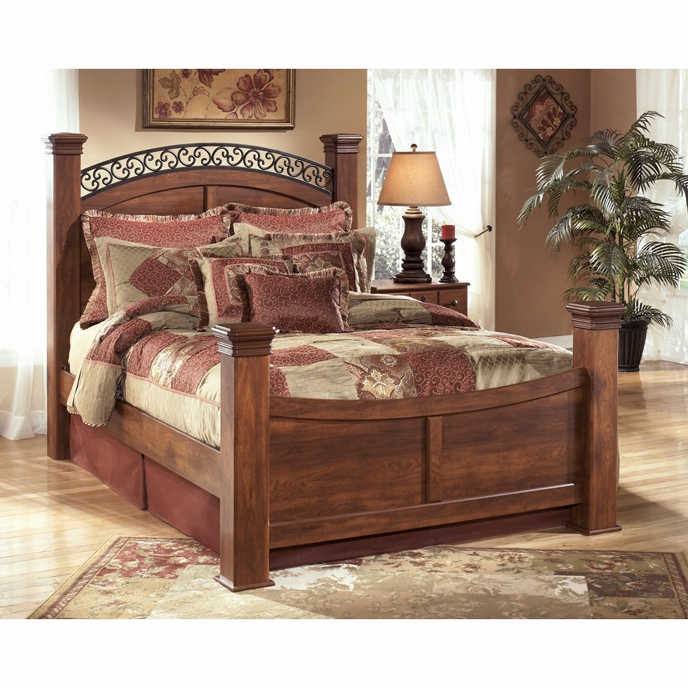Signature Design by Ashley - Timberline Queen Poster Bed
