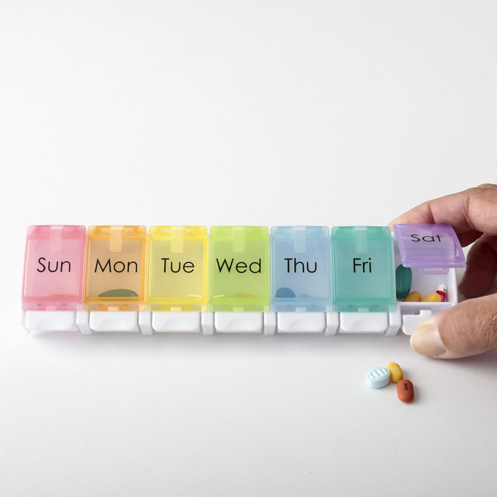 7 Day Pill Box / Vitamin Dispenser